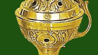 Ο θυμιατήρ. Λιβανιστήρι από ορείχαλκο επιχρυσωμένο. (από poniroskylo, 26/09/08)