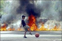 θα τους κάψω σα κουνέλι, και θα βγω να παίξω μπάλα (από xalikoutis, 26/10/08)