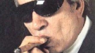 """Κάποτε ο """"πλανητάρχης"""" Τάσος Μπουγάς ήταν αοιδός στο ξενυχτάδικο Λευκό Οίκο της πλατείας Αμερικής (από GATZMAN, 27/11/08)"""