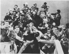 Οι πρώτοι paparazzi απ\' την ταινία Dolce Vita του Fellini (από Hank, 05/01/09)