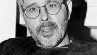 Κώστας Ζουρ(λ)άρις: Ευρωλιγούρης λαγνουργών εν Λιγουρία στα νειάτα του, κολαστής των απανταχού ευρωλιγούρηδων στα ώριμα χρόνια. (από Hank, 10/01/09)