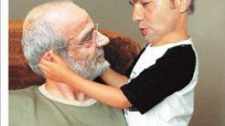 Ο Αλαβάνος Βρεφοκρατών τον παιδαριογέροντα Τσίπρα (από Hank, 10/01/09)