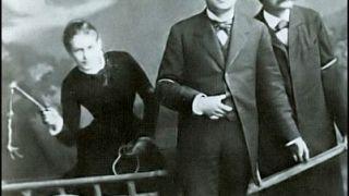 Λου Σαλομέ, η Ηγερία που απείλησε το Νίτσε με μαστίγιο. Εδώ το τρίο Σαλομέ- Νίτσε και Πάουλ Ρέε. (από Hank, 20/01/09)