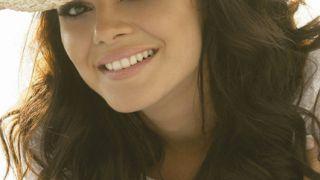 Η Miss Λίβανος Γιάρα Ναούμ (από Hank, 13/01/09)