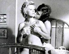 Η Ζωή Λάσκαρη στην ταινία Αστερισμός της Παρθένου - Γ. Δαλιανίδης, 1973 (από poniroskylo, 19/02/09)