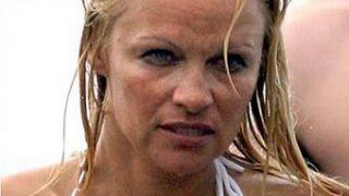 Χωρίς φωτοσοπιά η Πάμελα Άντερσον είναι 2 στην αντίστροφη πιτσιλισαμπίλιτυ (μετρούμενη σε μπύρες), και όχι πια μηδέν! (από Hank, 06/02/09)