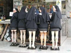 Μπαρμπούτι για καλόγριες... (από Marco De Sade, 24/03/09)