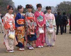 Οι Ρόμπες Ιαπωνίας (Kimono) πέφτουν 5-5 ! (από Vrastaman, 12/03/09)