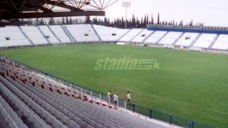Το γήπεδο της Ριζούπολης - μετά την ανακαίνιση για τους Ολυμπιακούς (από poniroskylo, 18/03/09)