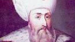 Σουλεϊμάν Μεγαλοπρεπής-Αναδιοργανωτής του οθ.δικαίου κατά wiki. Ισως τότε τυποποιήσανε τη στάση (από GATZMAN, 30/04/09)