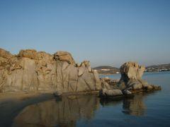 Κολυμπήθρες Πάρου. Οταν πέφτει ξύλο εδώ, το λένε κολυμπηθρόξυλο...χεχεχε (από GATZMAN, 06/04/09)