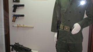Η θεοπράσινη στολή (από Khan, 28/08/09)