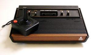 Atari 2600 (από poniroskylo, 31/08/09)