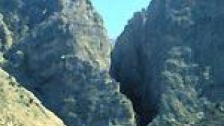 Το φαράγγι του Χα κοντά στην Ιεράπετρα. Το αιδοίο της γης, σκοτεινό, άγνωστο και ανεξερευνητο για τους πολλούς  (από GATZMAN, 29/09/09)