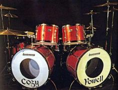 Το σετ του Cozy Powell  (από Desperado, 04/11/09)
