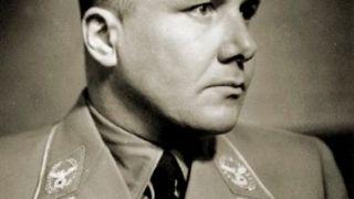 O Martin Borman (1900-1945), προσωπικός γραμματέας του Fuhrer (από allivegp, 14/12/09)