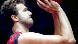 Ο άτυχος μπασκετμπολίστας (από Khan, 26/04/10)