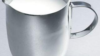 ΑΥΤΟ είναι το γάλα της Παρασκευούλας, όχι το δίπλα (από Khan, 18/10/10)