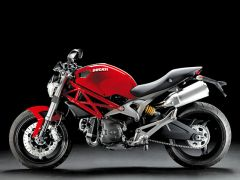 ducati-monster-696 (από sstteffannoss, 09/12/10)