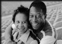 Ο Pele κι η μάνα του (Για να ξέρουμε για ποια μιλάμε) (από sstteffannoss, 07/01/11)