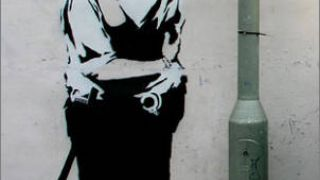 Με την δεύτερη σημασία, έργο του Banksy. (από Khan, 19/01/11)