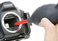 Σύγχρονο σερβιτσάλι για να κάνεις κλύσμα σε μηχανή DSLR (από sstteffannoss, 13/02/11)