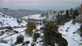 Άποψη της χιονισμένης Γέεννας. (από Khan, 13/01/12)