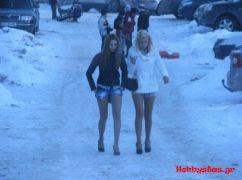 Χάλι το χιόνι, γλυστράει η γόβα... (από Galadriel, 11/02/12)