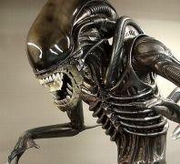 Alien + (από Dr. Steve Brule, 16/11/12)