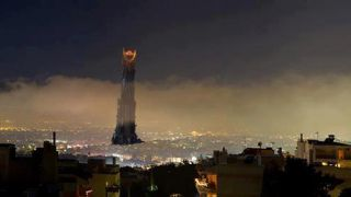 Γίνεται της (Μέσης) Αθήνας! (από Khan, 04/01/13)