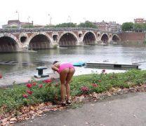 Η Pont Neuf είναι η παλαιότερη γέφυρα του Παρισιού. Ολοκληρώθηκε το 1604. (από Khan, 16/04/13)