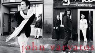 Ή ο γκέι που φορά John Varvatos. (από Khan, 14/07/13)