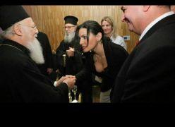 Η Όλγα Κεφαλογιάννη είναι μια γυναίκα με κατάνυξη. Εσύ; (από Khan, 03/12/13)