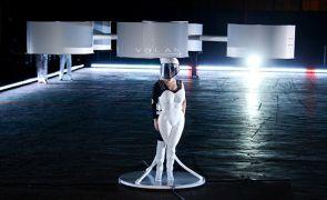 Το τερμάτισε η Lady Gaga (από Khan, 14/01/14)