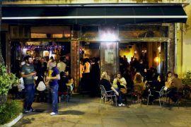 Το μπαρ Ctalin στο Χαλάνδρι, όπου χτυπά η καρδιά του αθηναϊκού λαϊφστάλιν. (από Khan, 24/03/14)