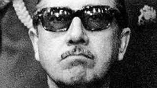 O Pinochet εις νεαράν ηλικίαν (από σφυρίζων, 10/03/14)