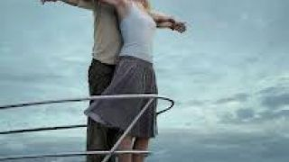 Ινσέψιο: Η ερωτική σκηνή αλά Τιτανικός που ναυαγεί. (από Khan, 25/04/14)