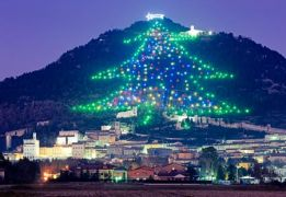 Νενίκηκά σε Αβραμό- από την Ούμβρια της Ιταλίας. (από Khan, 24/12/14)
