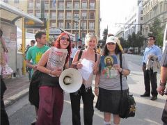 Ελένη Λουκά μαζί με επαναστάτριες!!!! ΕΥΛΟΓΗCON VENCEREMOS  (από soulto, 23/03/15)