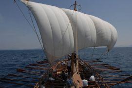 η Αργώ ξεκίνησε ένα πειραματικό ταξίδι. Η αρχική φιλοδοξία ήταν το πλοίο να πραγματοποιήσει το αυθεντικό ταξίδι του Ιάσωνα στην Κολχίδα Πηγή: www.lifo.gr