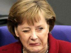 Angela Merkel- Sauer (=ξινή) το πλήρες όνομα